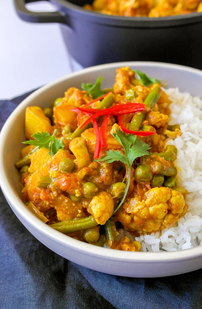 Coconut & Tomato Mixed Vegetable Curry