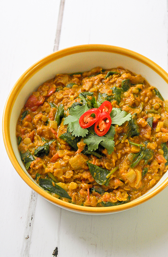 Spinach & coconut lentil dhal