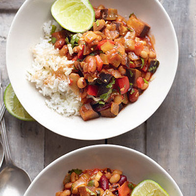 Quick mixed bean chilli